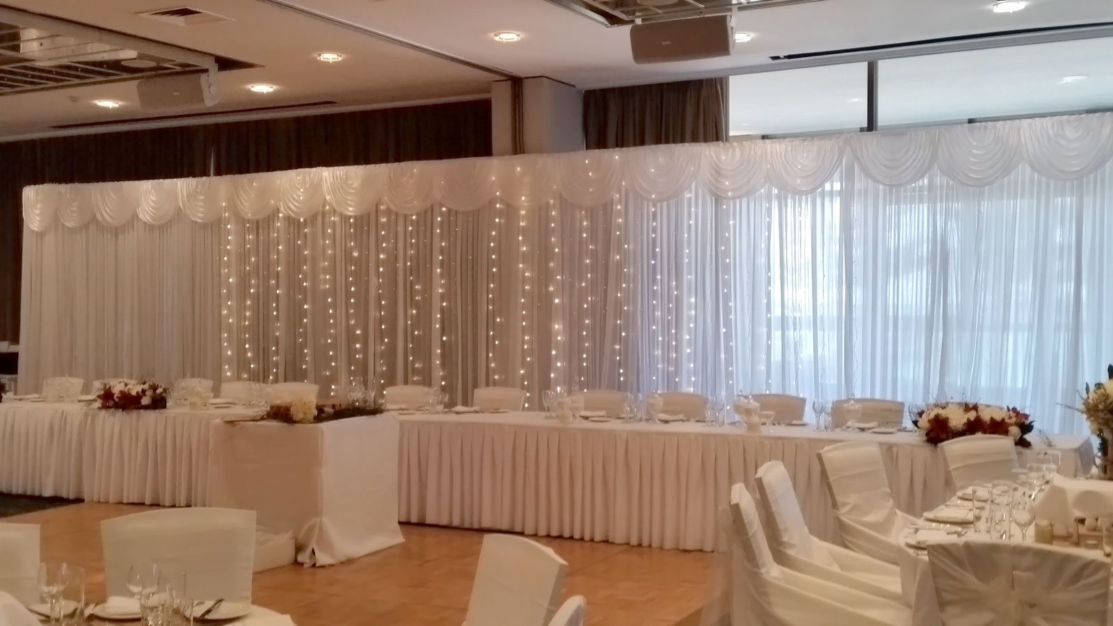 wedding-backdrop-hire
