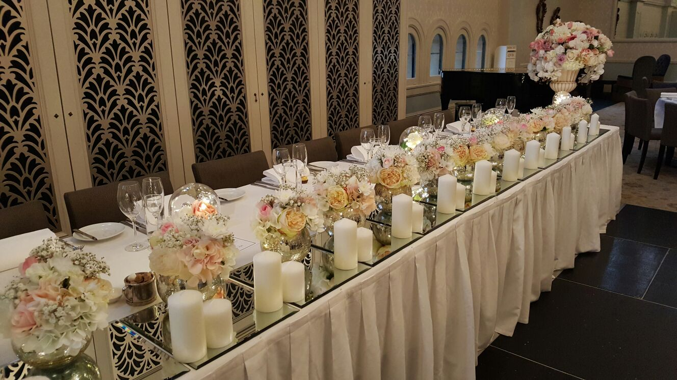 Merveilleux Bridal Table Decoration U2013 15 Globe Vase With Silk Flower Arrangement, Mirror  Tiles U0026 Candles, Place Cards U0026 Holders U2013 From $300 ...